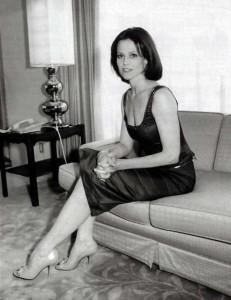 Sigourney Weaver When She Was Younger (24 photos) 2