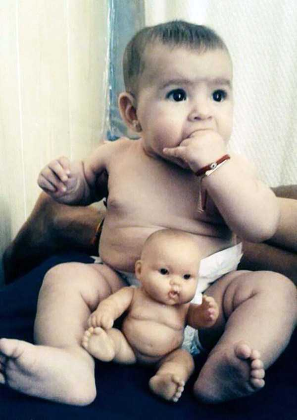 babies-and-their-look-alike-dolls (11)