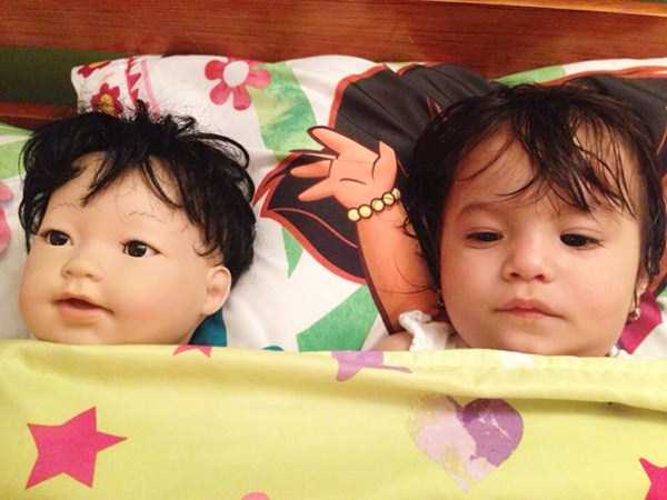 babies-and-their-look-alike-dolls (14)