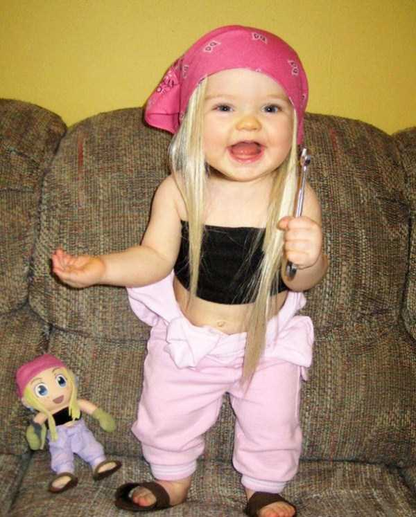 babies-and-their-look-alike-dolls (17)