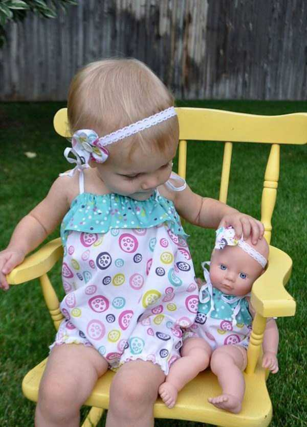 babies-and-their-look-alike-dolls (9)