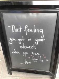 35 Creatively Funny Bar Chalkboard Signs (35 photos) 3