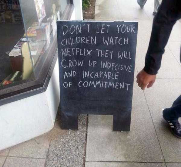 funny-creative-chalkboard-signs (30)