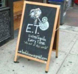 35 Creatively Funny Bar Chalkboard Signs (35 photos)