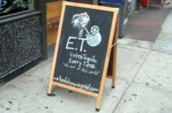 35 Creatively Funny Bar Chalkboard Signs (35 photos) 36
