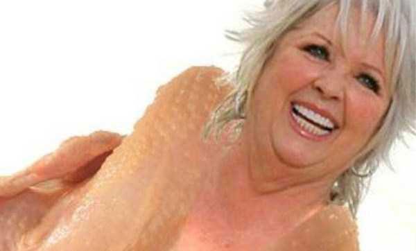 Oddly Funny Tinder Profiles (24 photos) 25