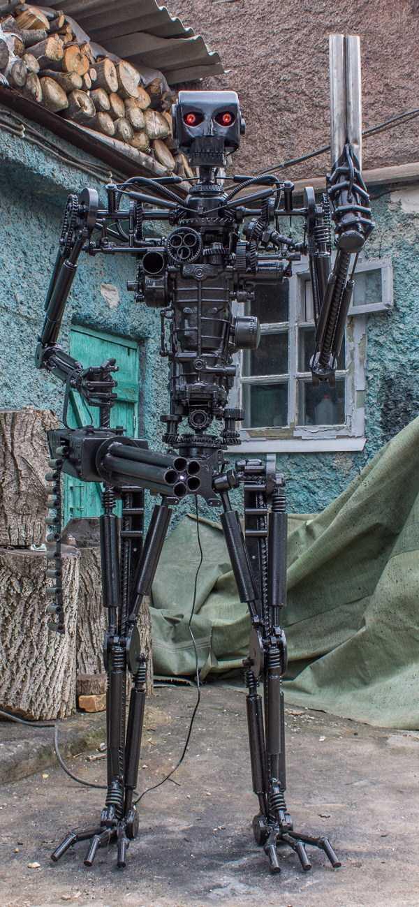 life-size-terminator-t-800-endoskeleton (12)