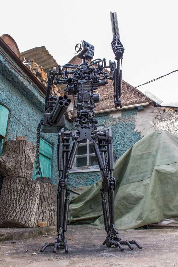 life-size-terminator-t-800-endoskeleton (15)