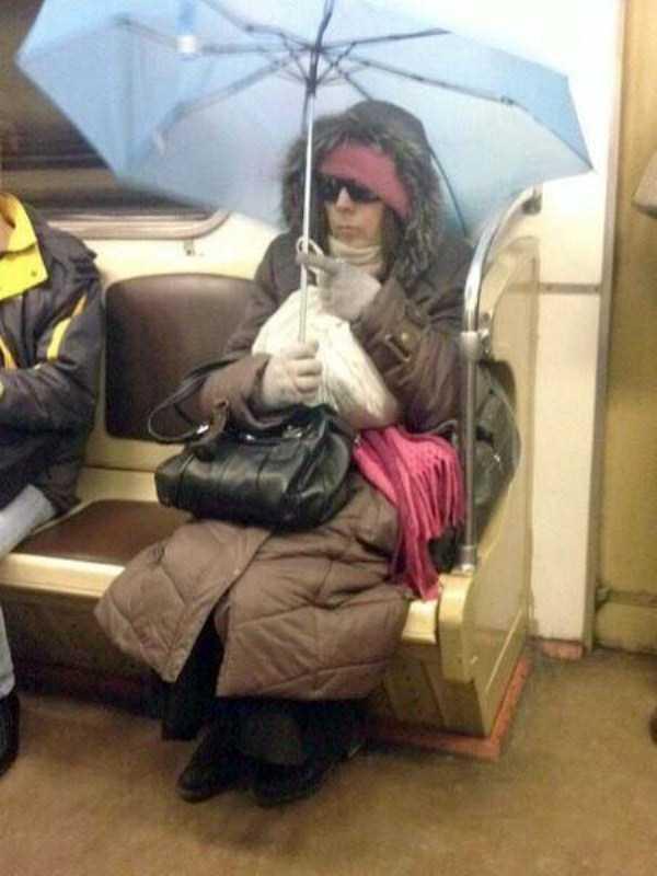 russian-subway-weirdos (2)