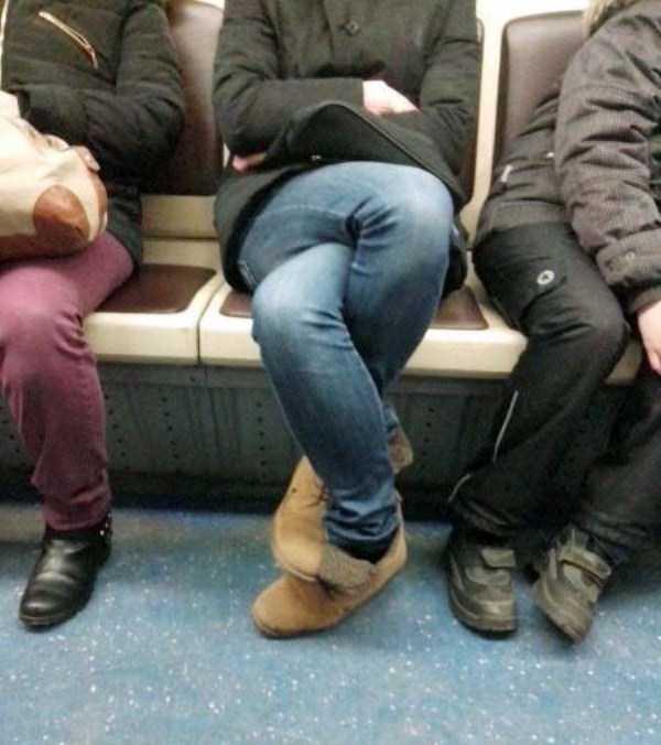 russian-subway-weirdos (34)