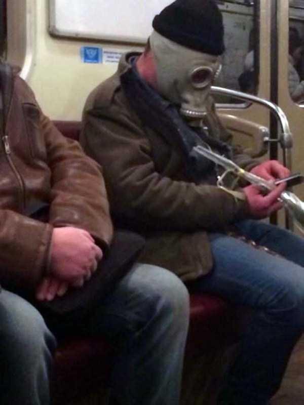 russian-subway-weirdos (36)