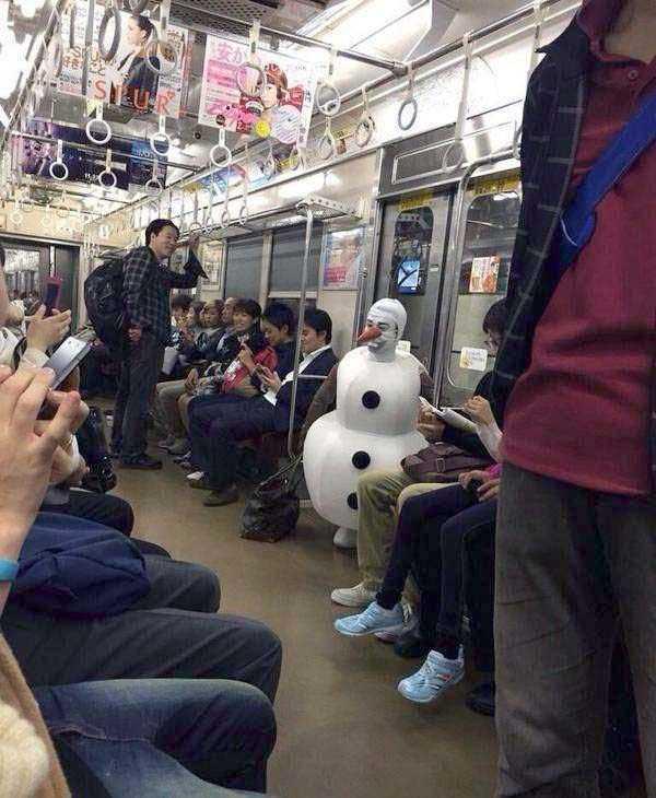 weird-subway-people (17)