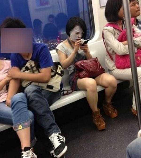 weird-subway-people (36)