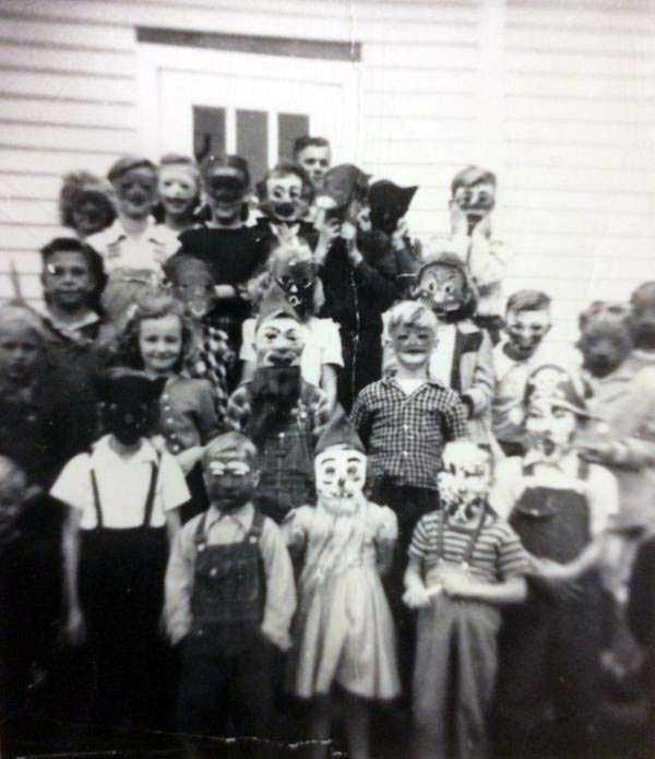 bizarre-creepy-pictures (2)