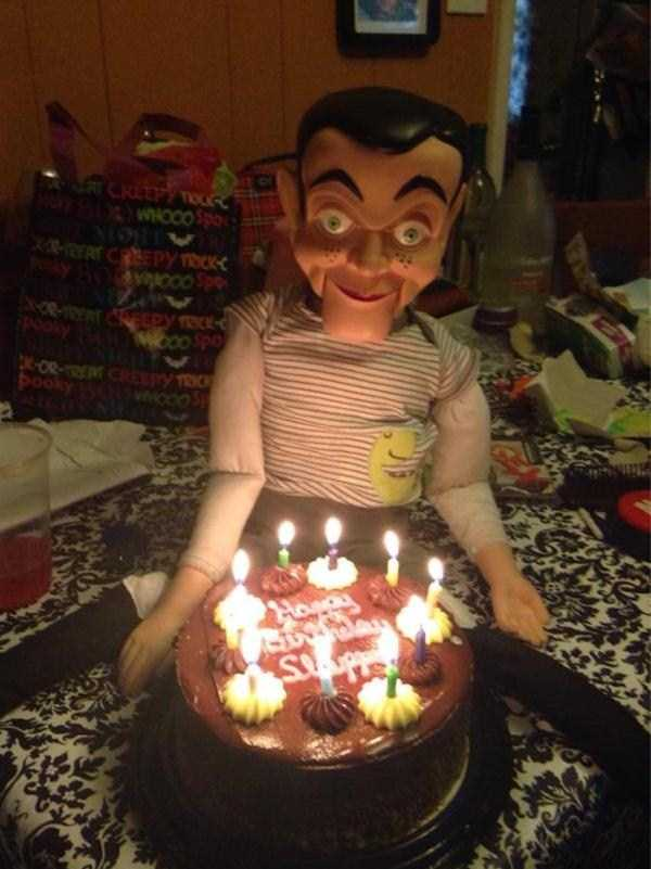 bizarre-creepy-pictures (8)