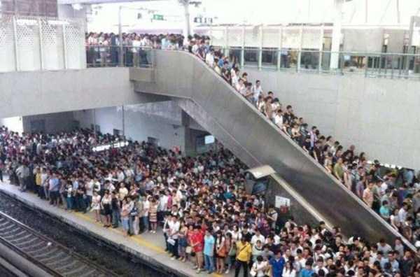 china-subway-train-rush-hour (1)