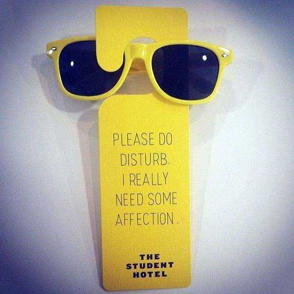funny-do-not-disturb-signs (17)