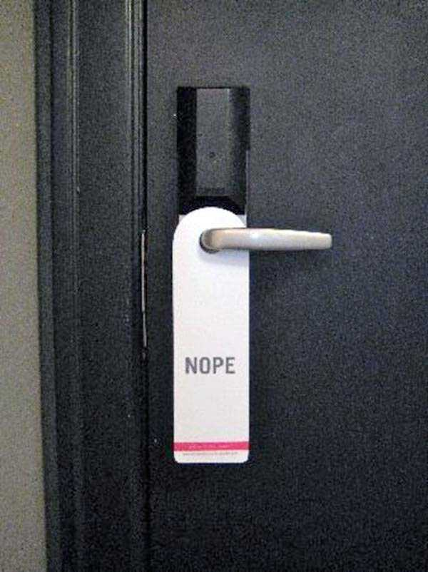 funny-do-not-disturb-signs (2)