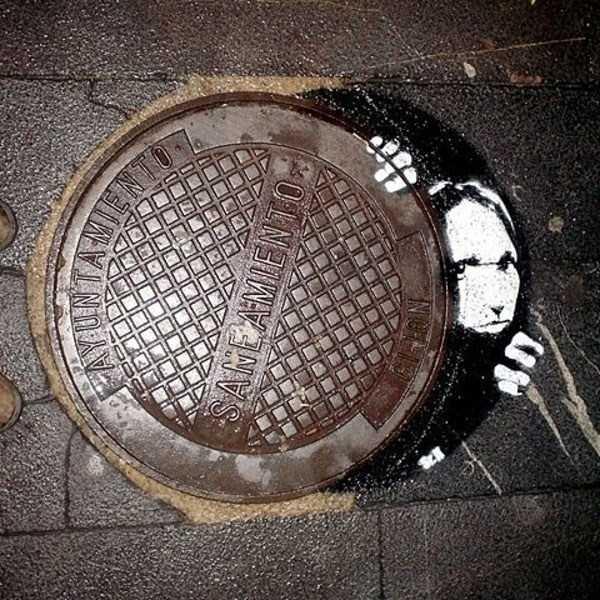 funny-manhole-cover-designs (16)