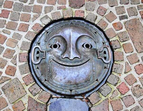 funny-manhole-cover-designs (6)