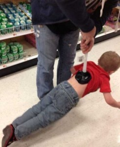 20 Wacky Techniques For Carrying Your Kid (20 photos) 11