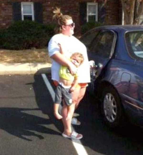 funny-methods-of-carrying-kids (3)