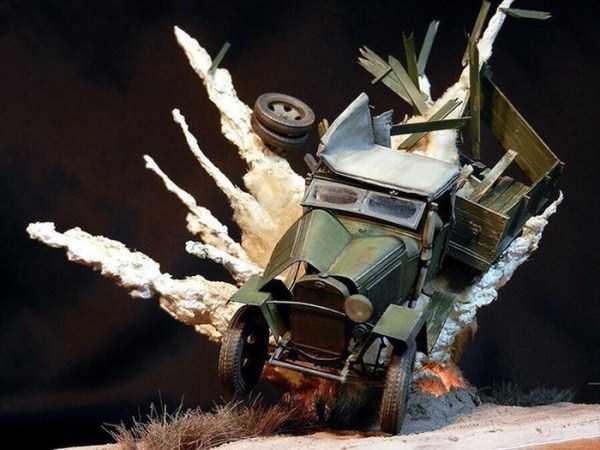 car-explosion-diorama (6)