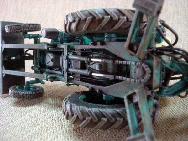 cardboard-paper-tractor (2)