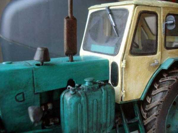 cardboard-paper-tractor (4)