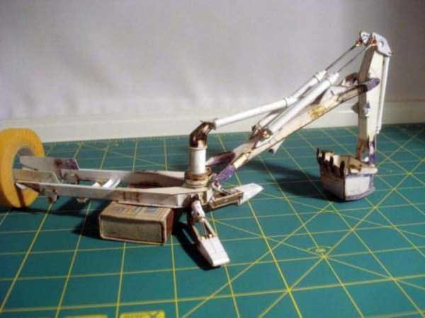cardboard-paper-tractor (9)