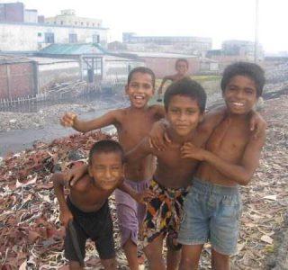 The Daily Life of Bangladeshi Children (45 photos)