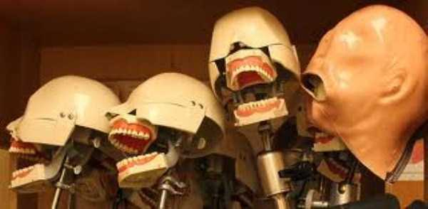 creepy-dentist-dummies (20)