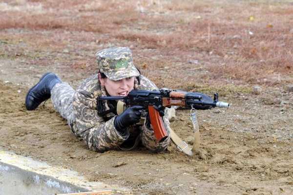 girls-kazakh-army (22)