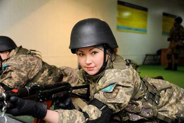 girls-kazakh-army (25)