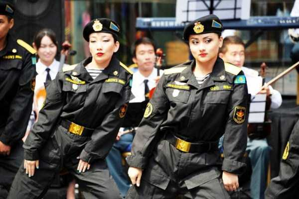 girls-kazakh-army (4)