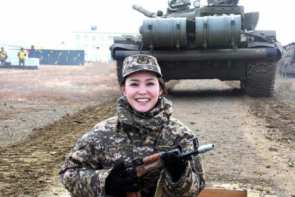 girls-kazakh-army (5)