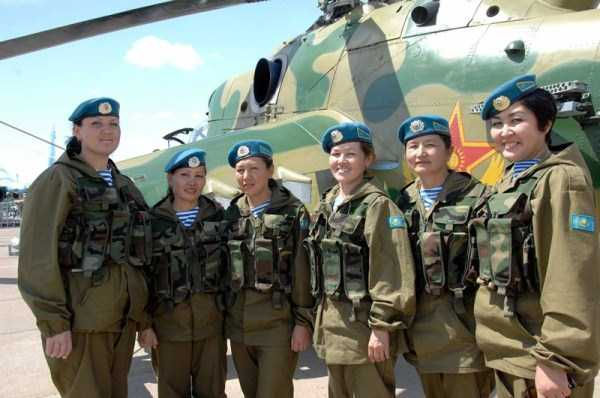 girls-kazakh-army (9)