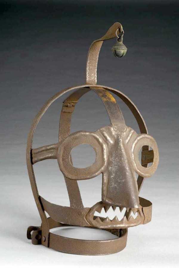 mask-of-shame-Schandmaske (1)
