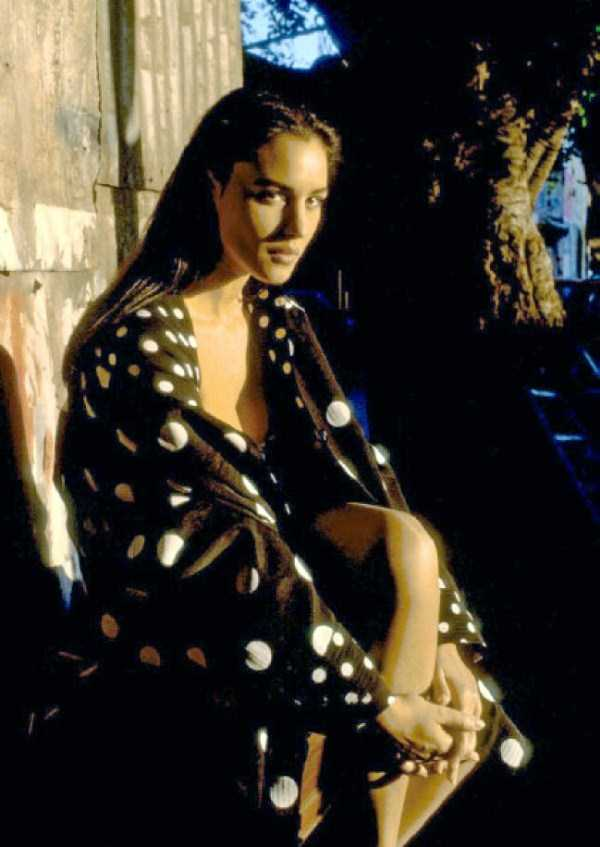 monica-bellucci-naked-pictures (15)