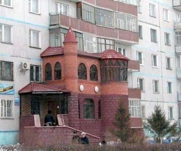 weird-balconies (12)