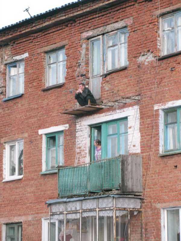 weird-balconies (17)
