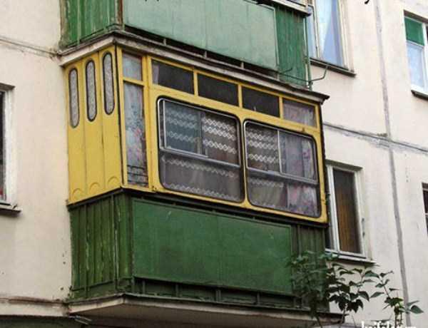 weird-balconies (21)