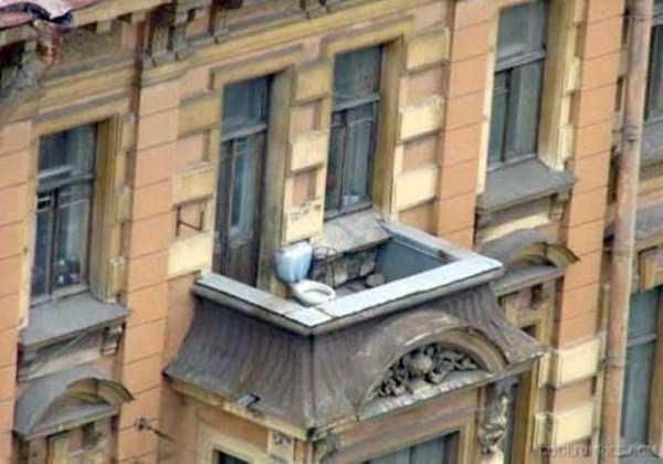 weird-balconies (25)
