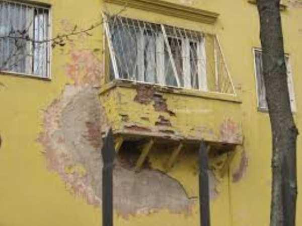 weird-balconies (29)