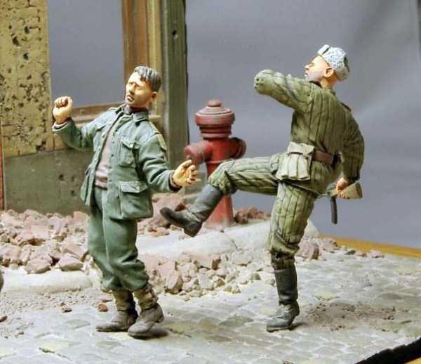 wwii-realistic-dioramas (27)