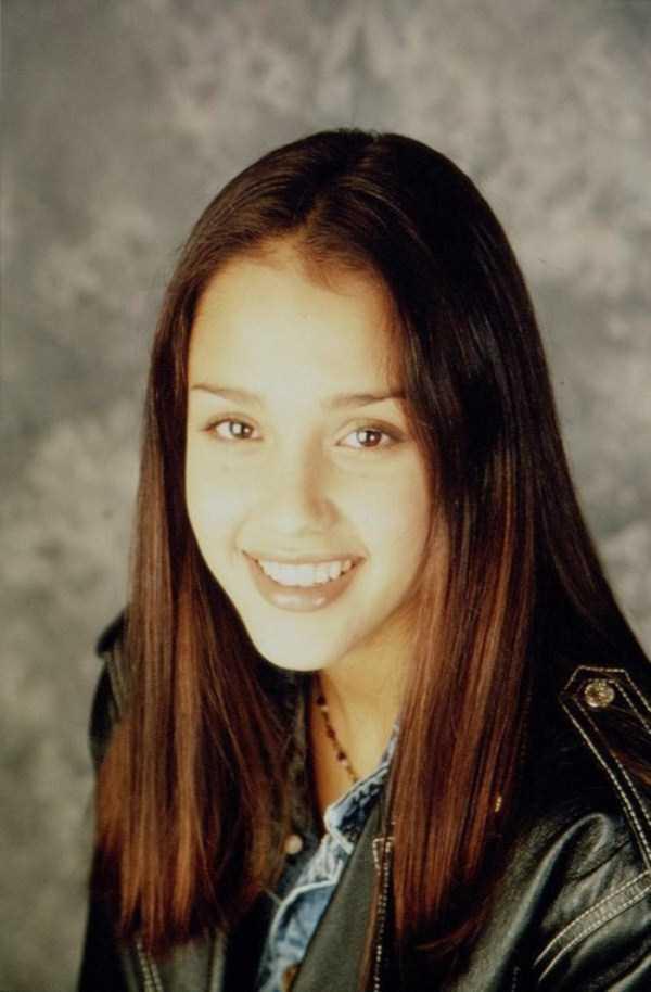 young-Jessica-Alba-2