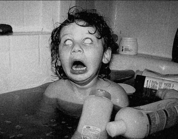 creepy-bizarre-old-photos (20)