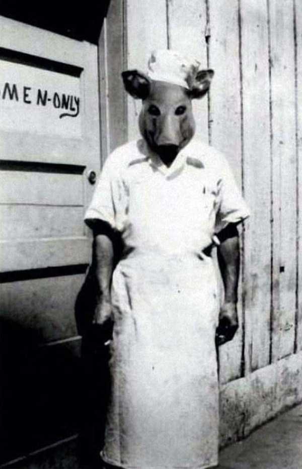 creepy-bizarre-old-photos (21)