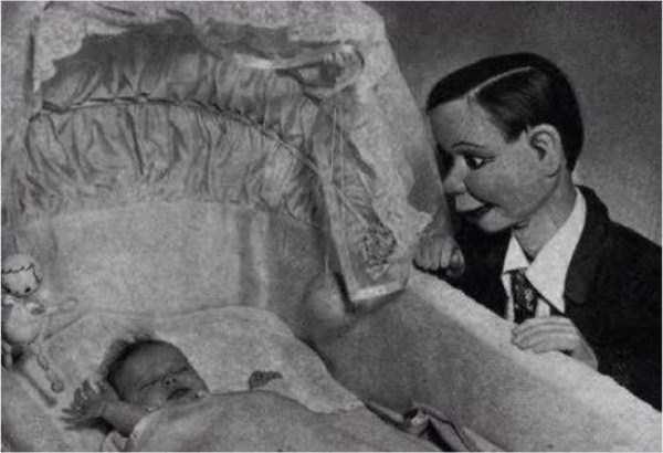 creepy-bizarre-old-photos (4)