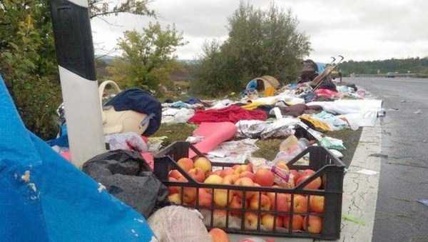 garbage-left-behind-by-refugees (8)